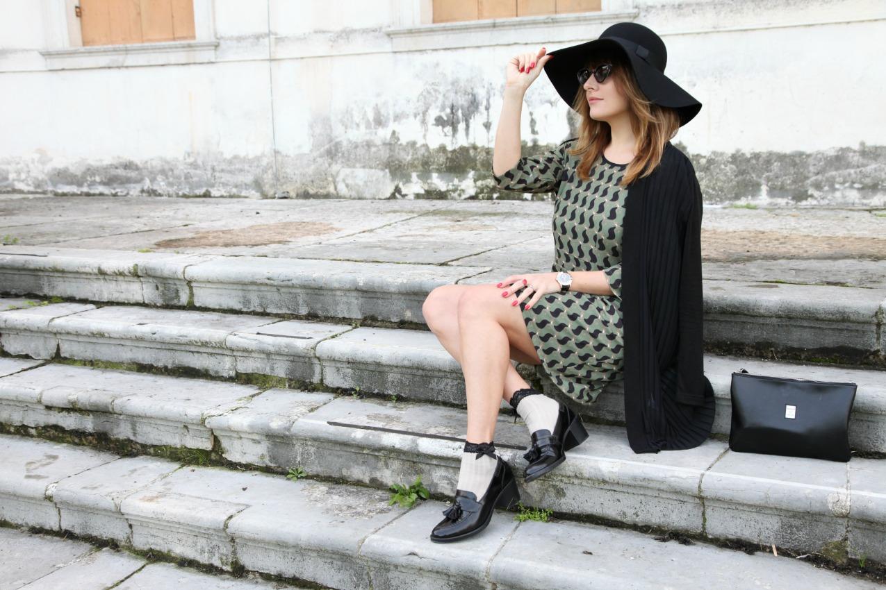 Storie, porzioni di tempo e bellezza nell'aria, alessia milanese, thechilicool, fashion blog, fashion blogger , alessia milanese x deichmann ,ringbow