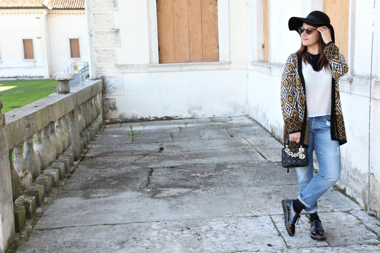 Autunno, the alla menta e un cardigan sulle spalle , alessia milanese, thechilicool, fashion blog, fashion blogger , lady dior