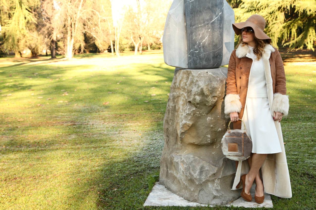 Camels&white: cozy winter, alessia milanese, thechilicool, fashion blog, fashion blogger, patrizia pepe coat