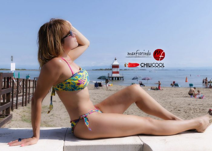 Sogni di fine estate con un bikini nei colori del sole, alessia milanese, thechilicool, fashion blog, fashion blogger