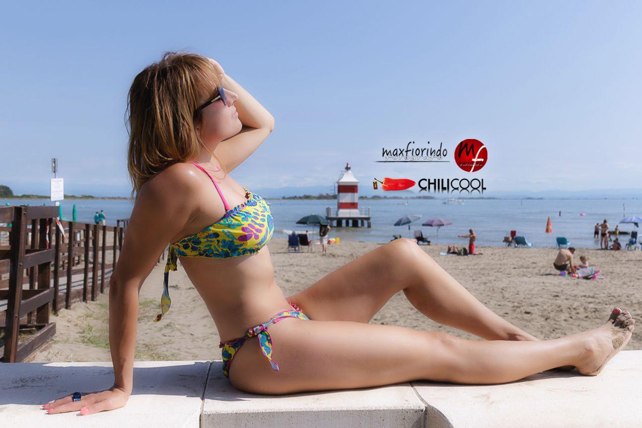 Sogni di fine estate con un bikini nei colori del sole, alessia milanese, thechilicool, fashion blog, fashion blogger